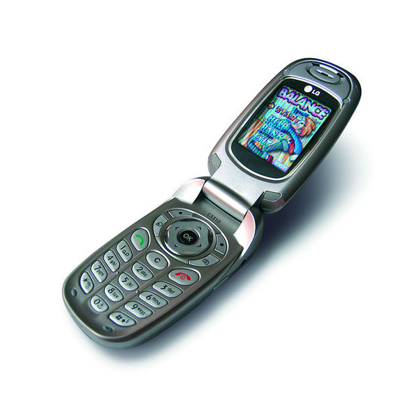 http://imgu.mobil.hr/testovi/1147958706.jpg