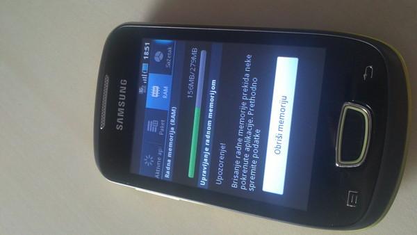 http://imgu.mobil.hr/testovi/1301559714.JPG