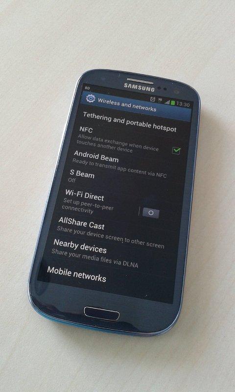 http://imgu.mobil.hr/testovi/1351601155.jpg