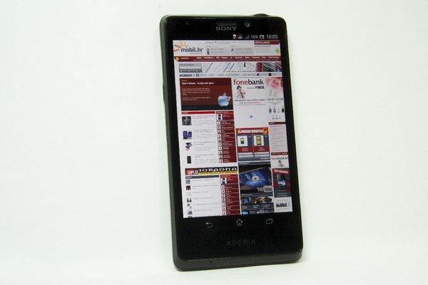 http://imgu.mobil.hr/testovi/1352122371.jpg