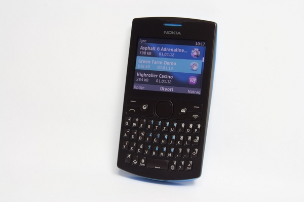 http://imgu.mobil.hr/testovi/1364483316.jpg