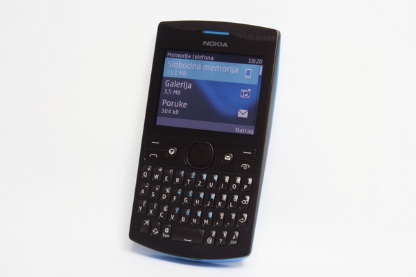 http://imgu.mobil.hr/testovi/1364483343.jpg