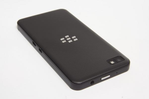 http://imgu.mobil.hr/testovi/1366746841.jpg