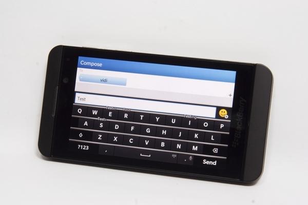 http://imgu.mobil.hr/testovi/1366747573.jpg