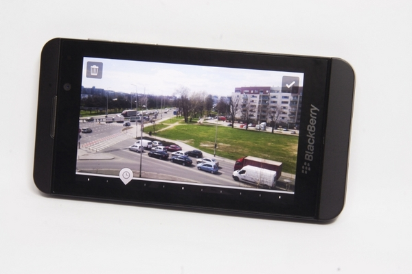 http://imgu.mobil.hr/testovi/1366747991.jpg